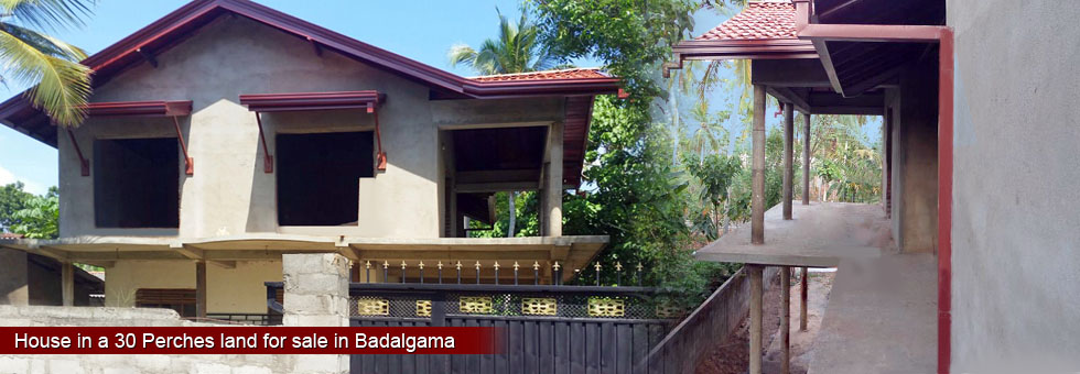 Under construction house for sale in Kattukenda, Badalgama. 90% completed of the house. The property located within 100m from Badalgama – Kattukenda bus route. Selling due to urgent commercial matters