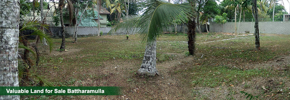 15 Perches land for Sale at Halbarawa Gardens, Thalahena, Battaramulla. Located in highly residential area with excellent neighbourhood with all necessary facilities. Just 1 km from New Kandy Road.